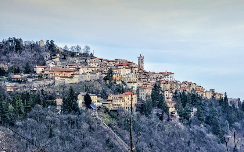 Sacro Monte, the Pogliaghi House Museum, Baroffio Museum and Campo dei Fiori Regional Park