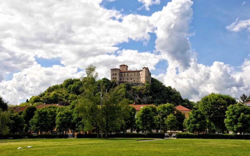 The Borromeo Castle and UNESCO World Heritage Site Tour