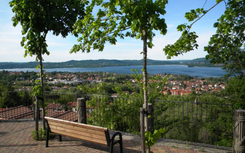 Discover Varese by bike