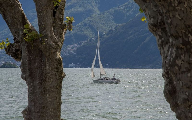 lezioni in barca a vela € 100,00